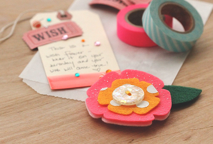 Quick felt flower brooch by Lisa Spangler